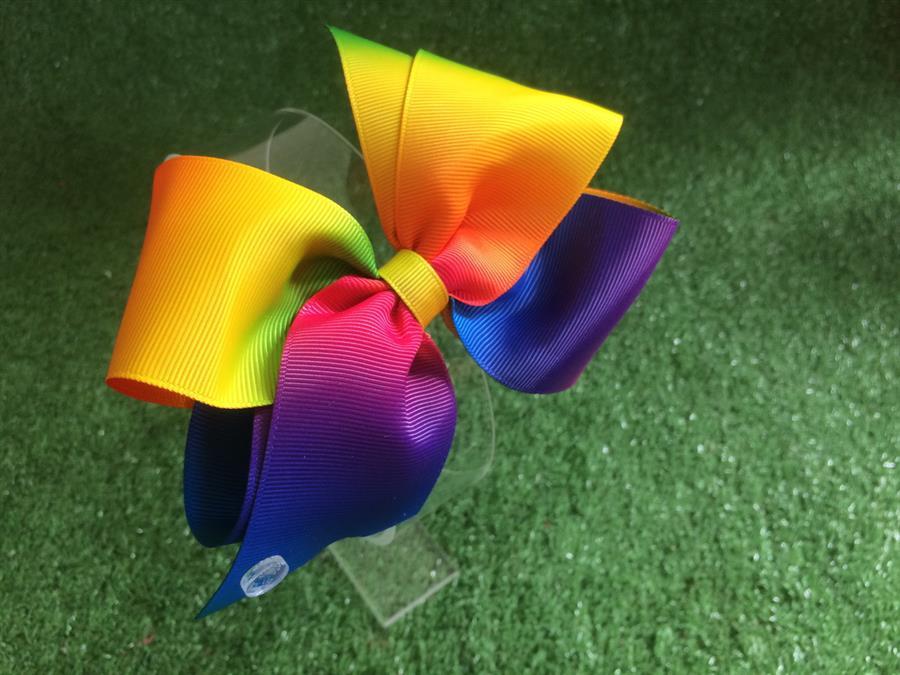 Laço arco-íris com fita dupla face