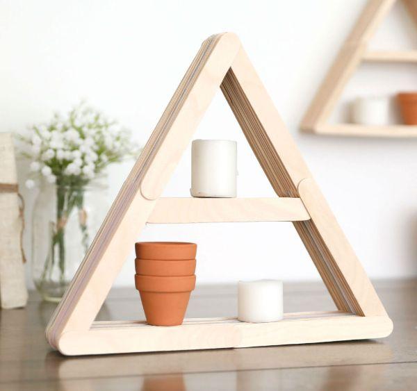 decoração de nicho em forma de triangulo