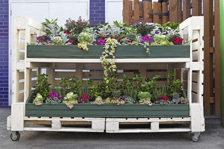 decoração com paletes no jardim