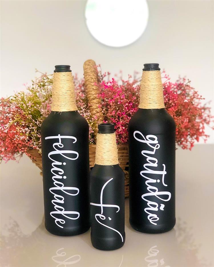 garrafas pretas positividade