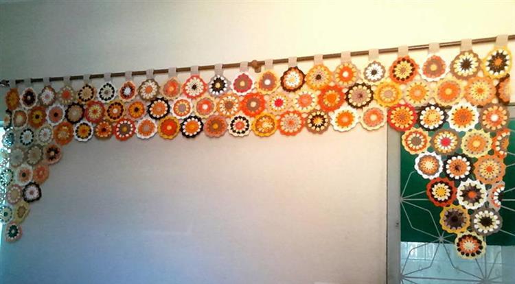 bando de cortina de crochê