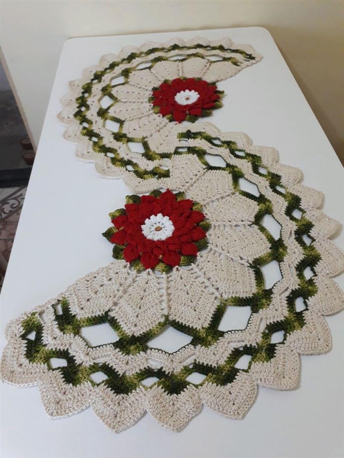 Caminho de mesa com flor girassol