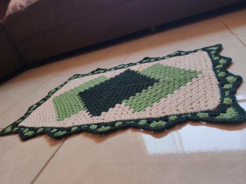 tapete cronos verde e cru