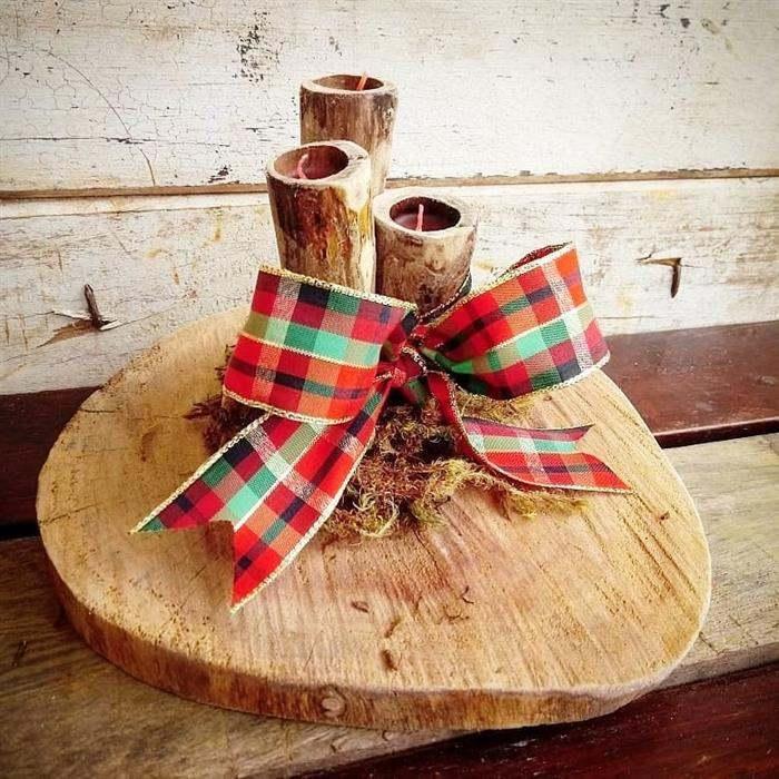 enfeite de natal com base de madeira