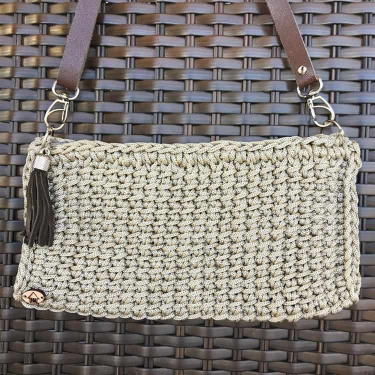 Bolsa pequena feita com fio náutico