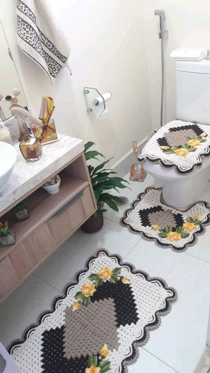 jogo de banheiro com flores