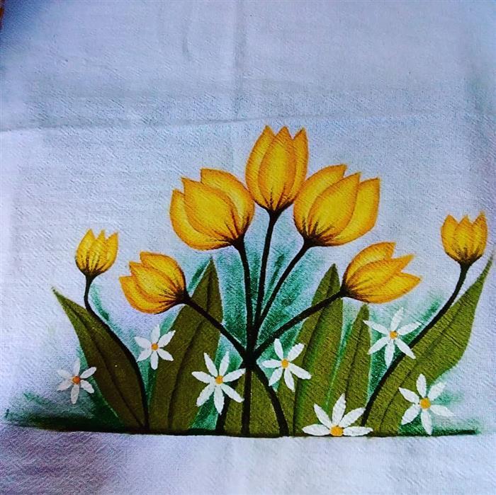 pintura em pano de prato amarelo