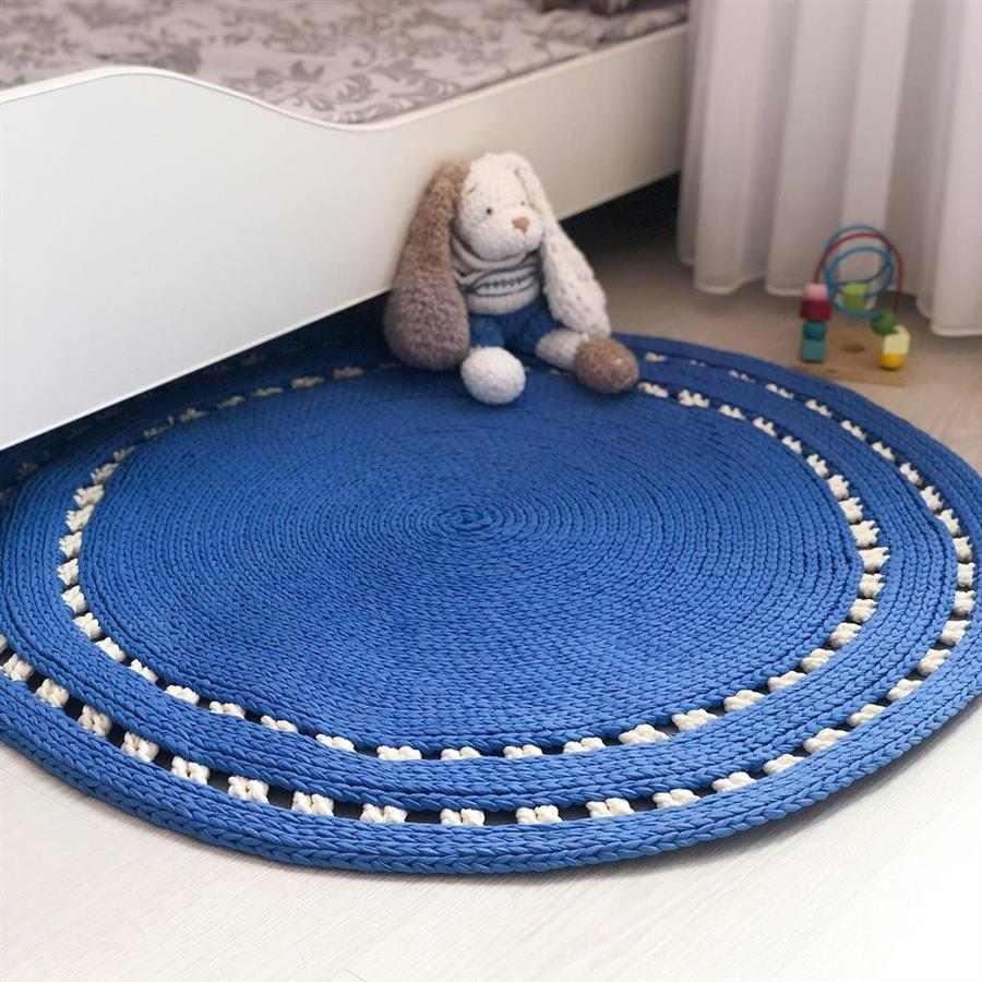 tapete de crochê azul royal