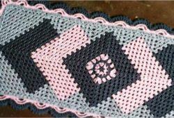 tapete cronos cinza com rosa e chumbo