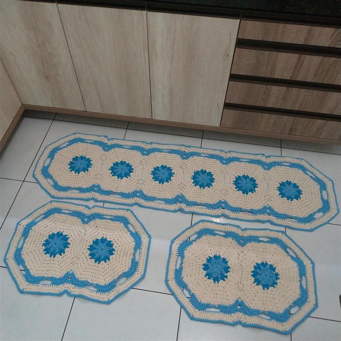 Tapetes de cozinha de barbante com flor azul