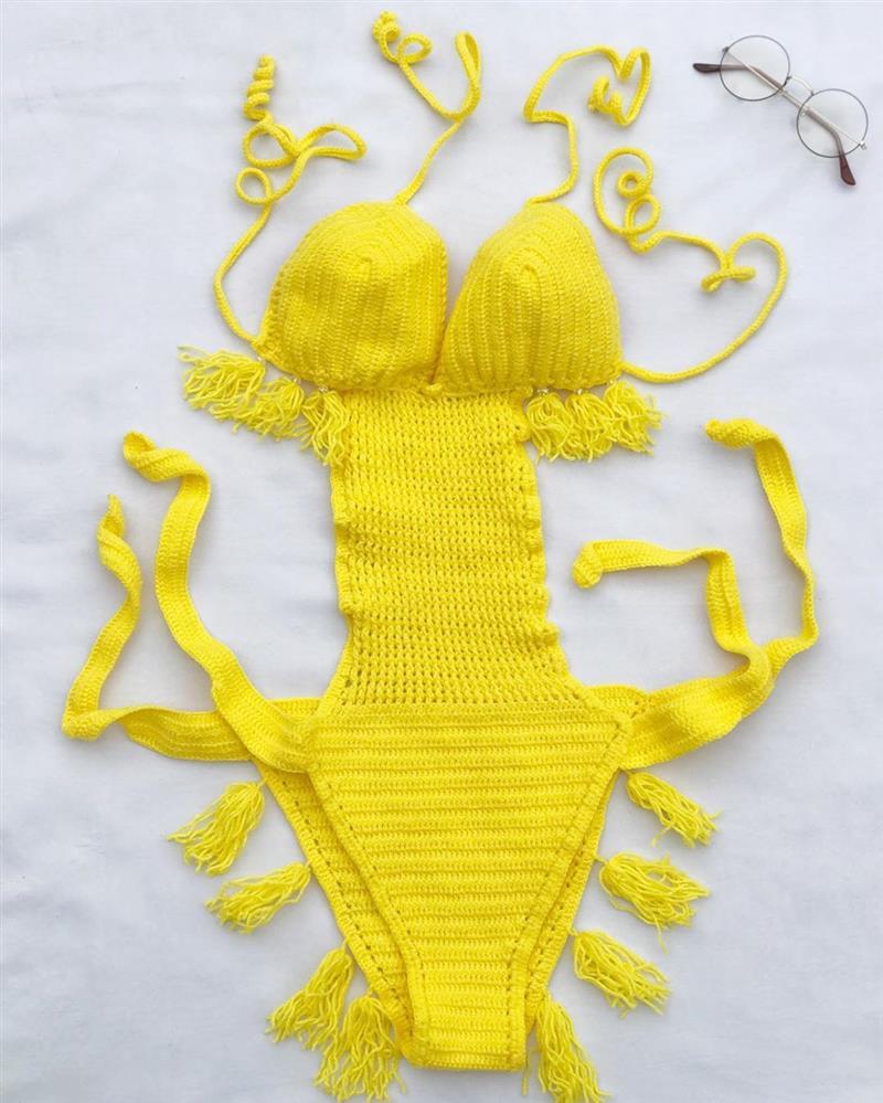 maiô de crochê amarelo