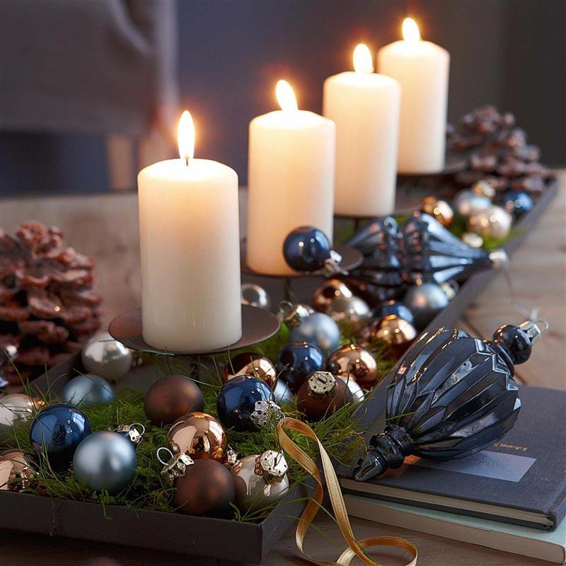 Enfeites de mesa para o Natal com velas