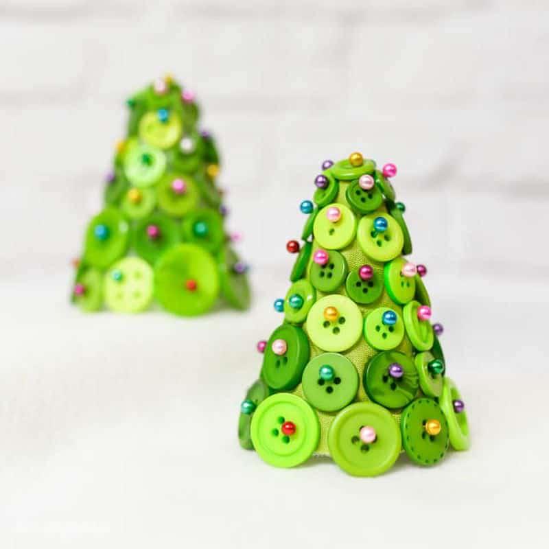 Árvore de Natal de botões