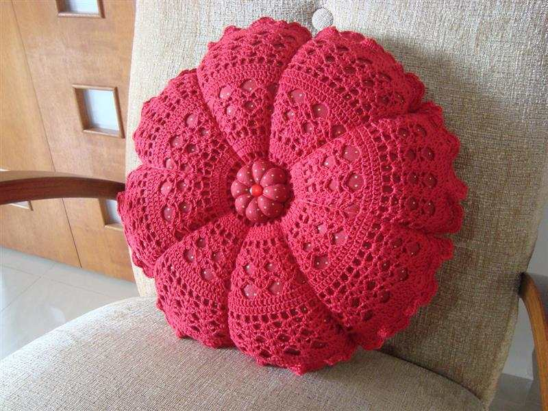 redonda vermelha em croche