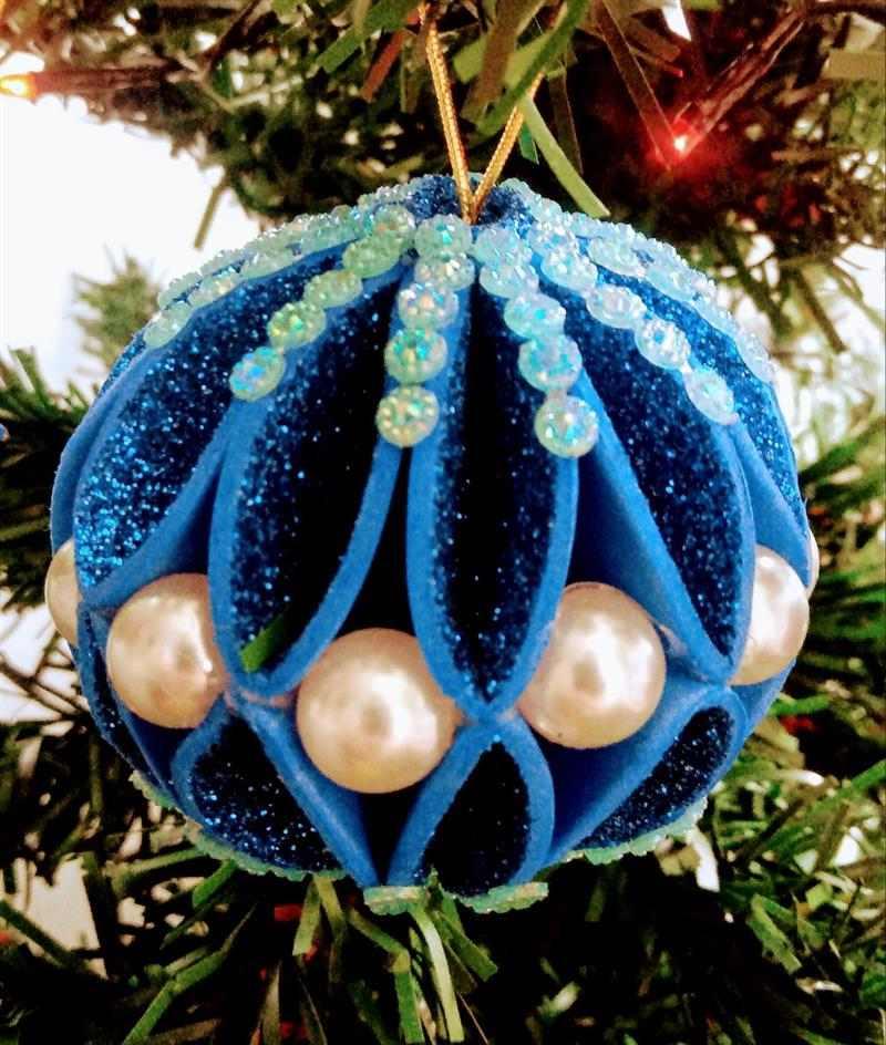 Bola de Natal de EVA azul com glitter