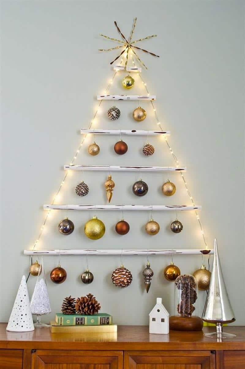 Árvore de Natal de parede com pisca pisca