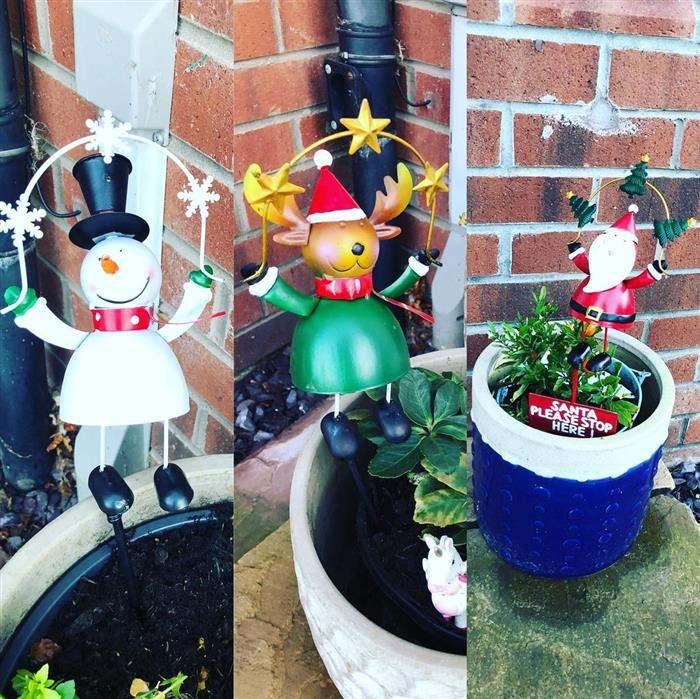 decoração de natal simples e barata para jardim