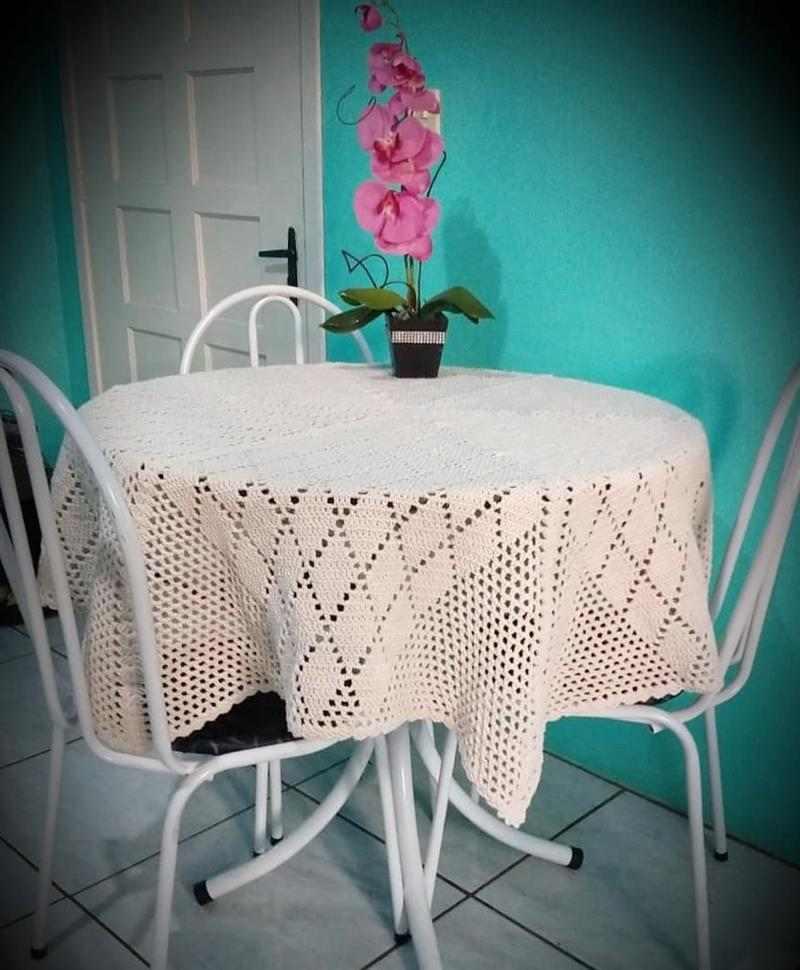 toalha de mesa de crochê de barbante cru