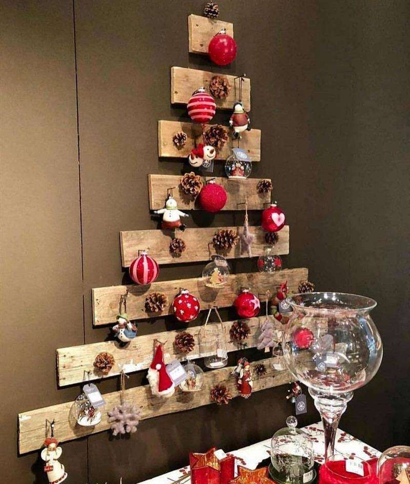 Árvore de Natal feita de palete