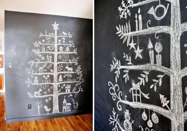 arvore de natal diferente na parede