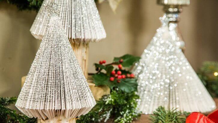 Árvore de Natal de livro