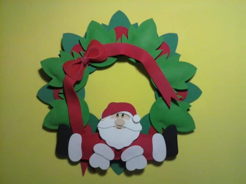 Guirlanda de Natal feita de EVA