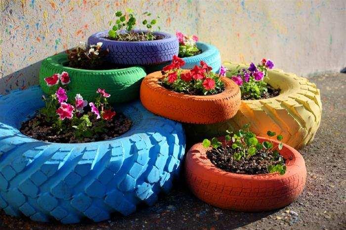jardim com pneu grande