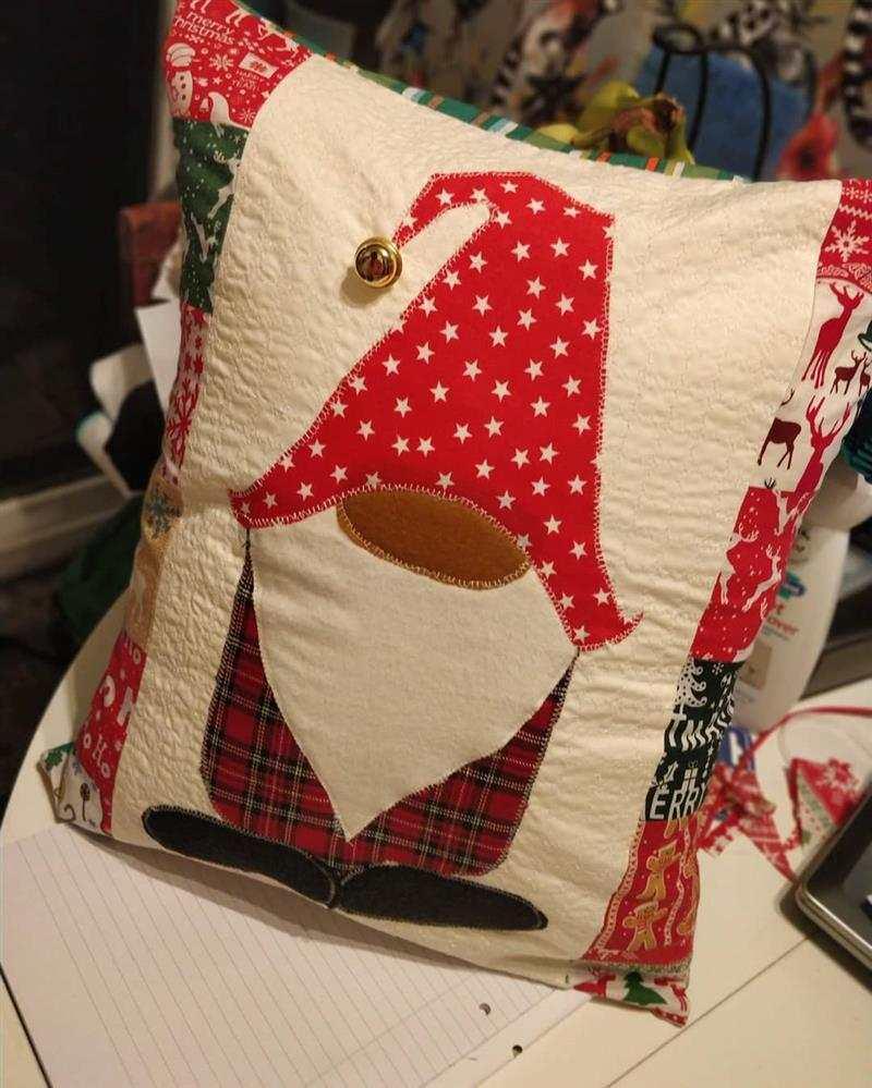 almofadas de natal bordadas