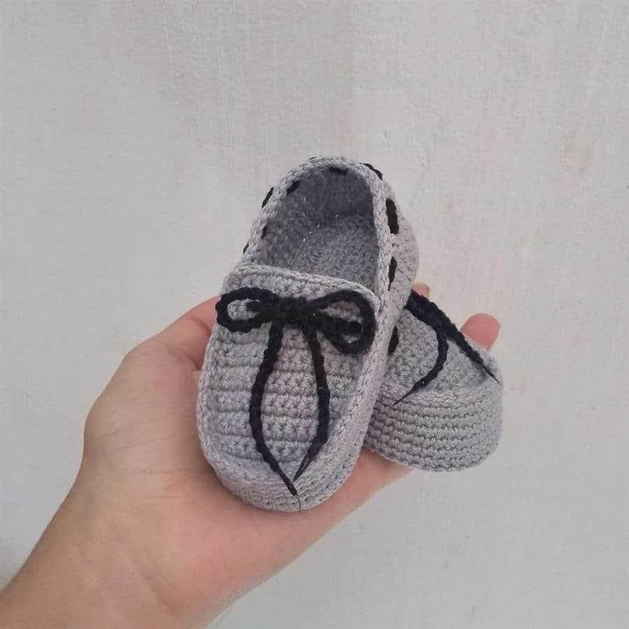 sapatinho de crochê para recém nascido
