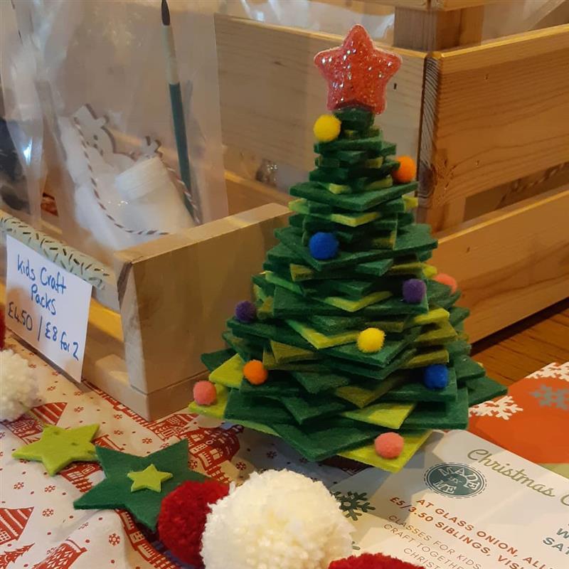 Árvore de Natal de feltro para mesa