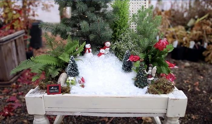 mesa de jardim decorada