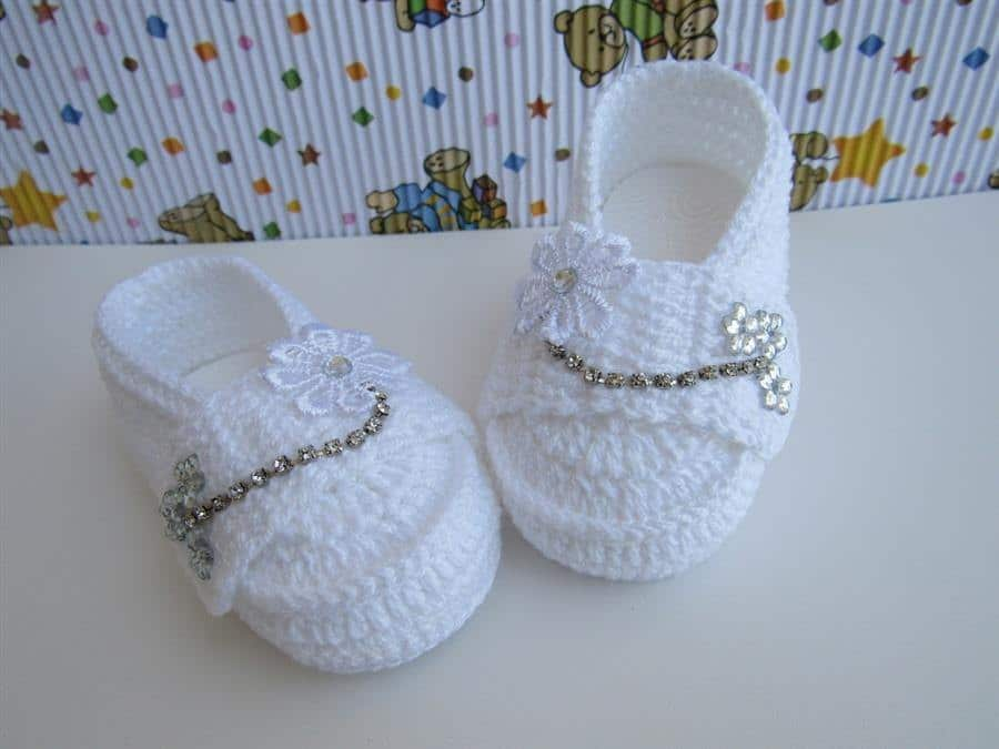sapatinho de crochê feminino para bebê