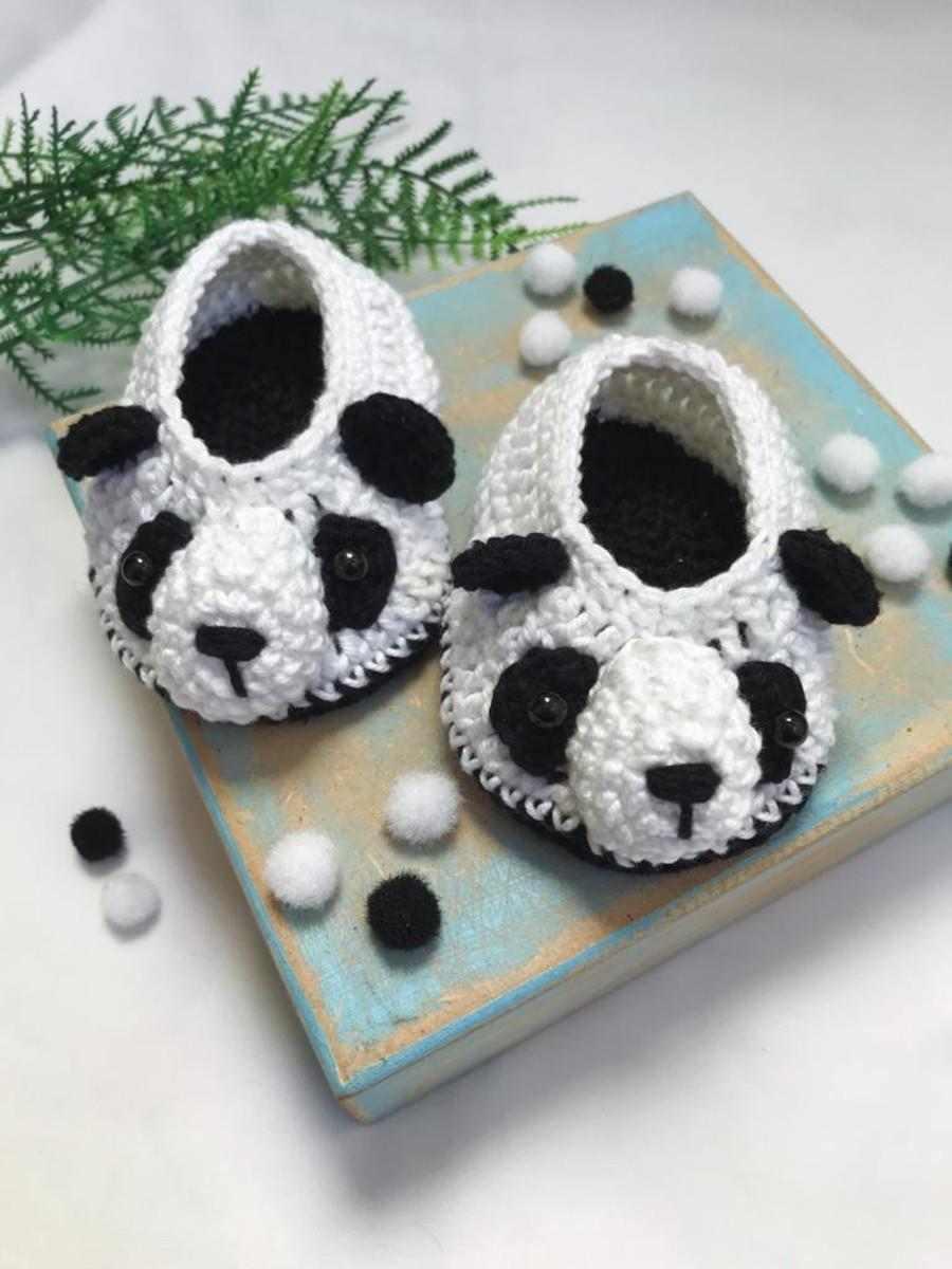 sapatinho de crochê urso panda