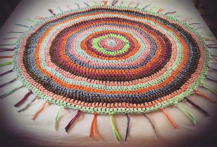 tapete de fio de malha colorido