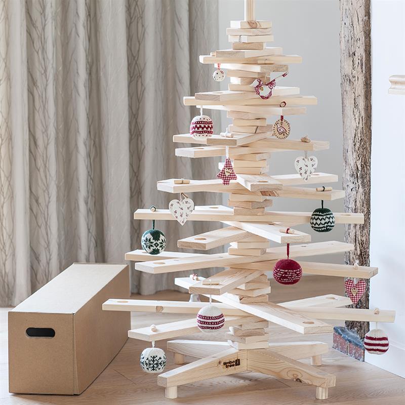 árvore de Natal de ripas de madeira