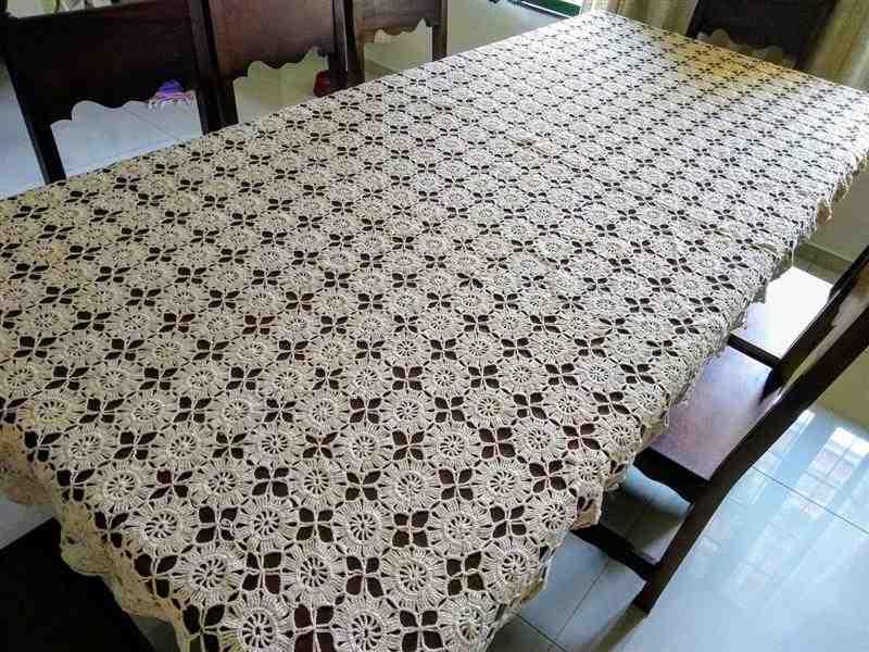 toalha de crochê para mesa grande