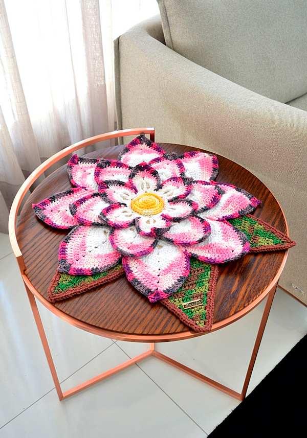 Toalha de mesa em formato de flor