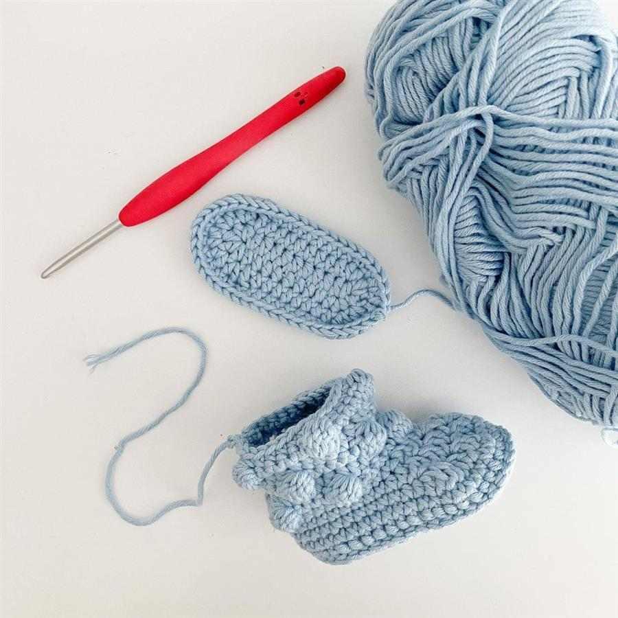 aprender a fazer sapatinho de crochê