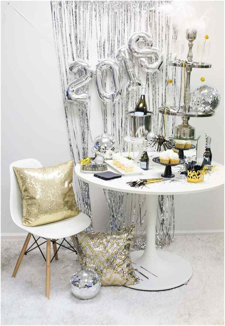 Ano Novo prata e dourado