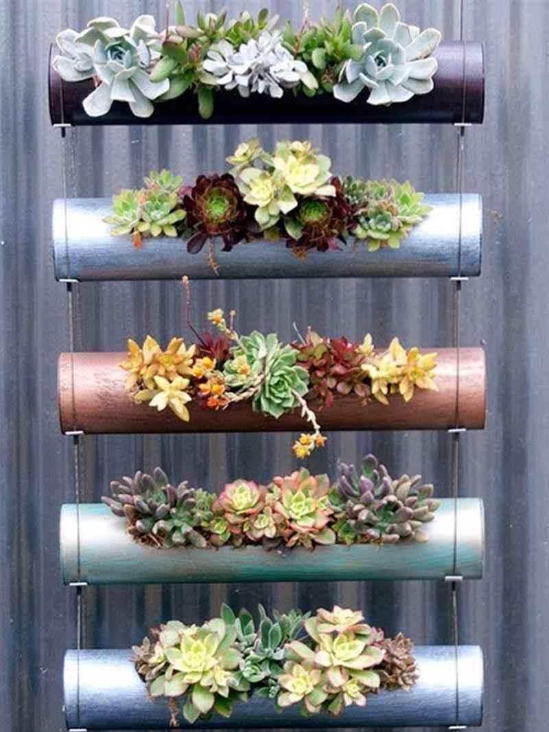 Jardim vertical de canos de PVC
