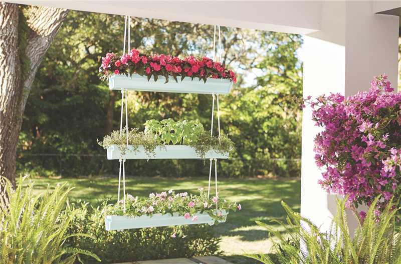 Jardim vertical com calha de PVC