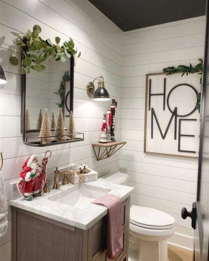 banheiro decorado para o natal