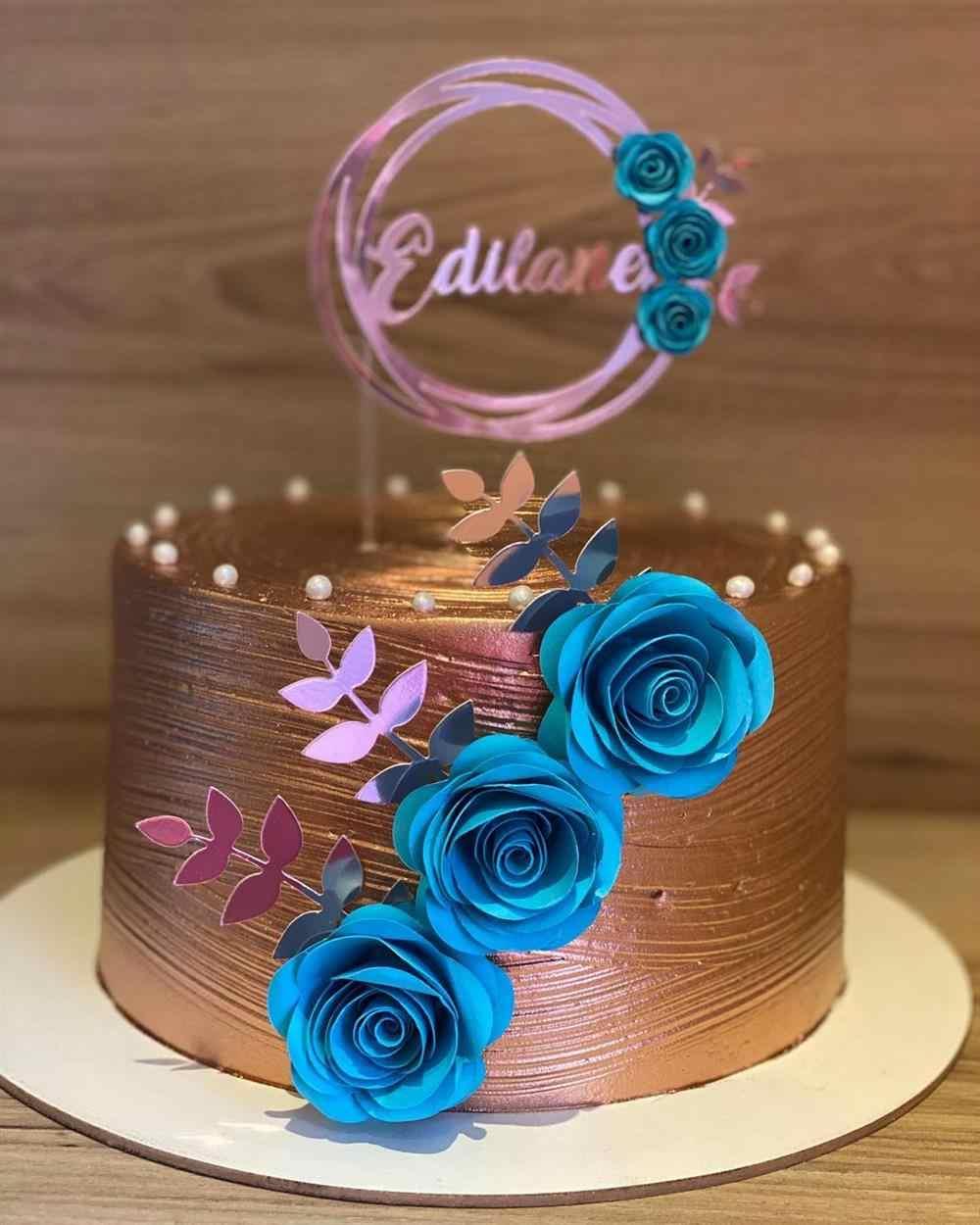 bolo rose gold com azul