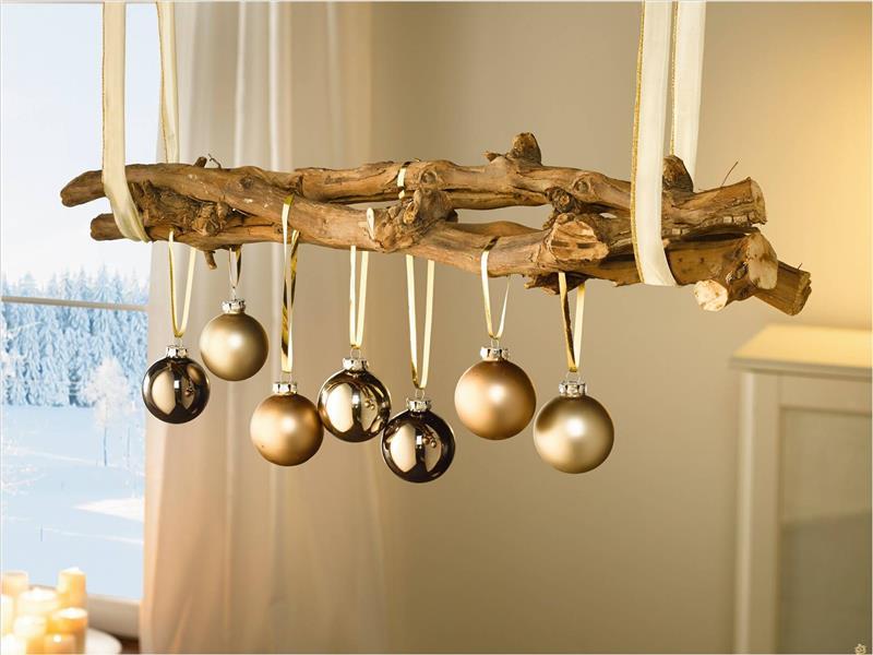 decoração de ano novo barata com bolas