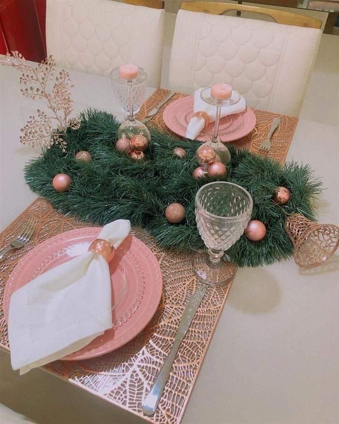 decoração de mesa com festão