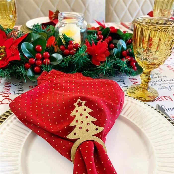enfeite para centro de mesa com festão