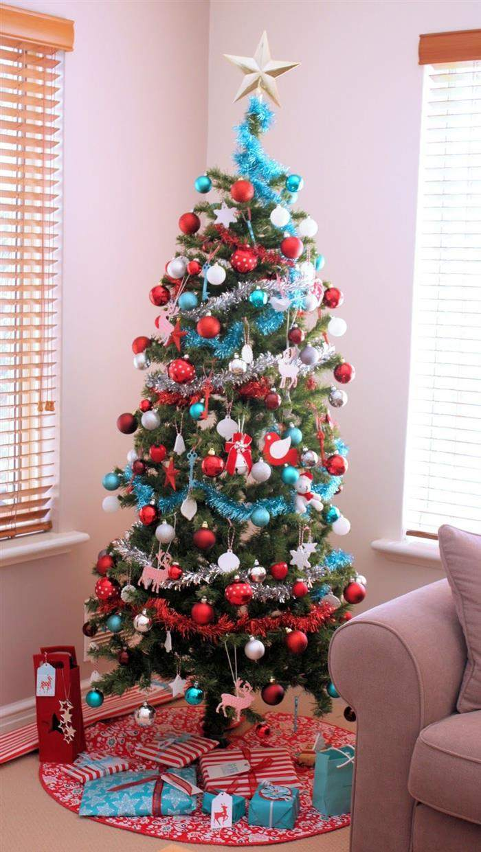 festão de natal na arvore