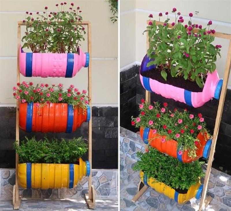 Jardim vertical de garrafas recicladas