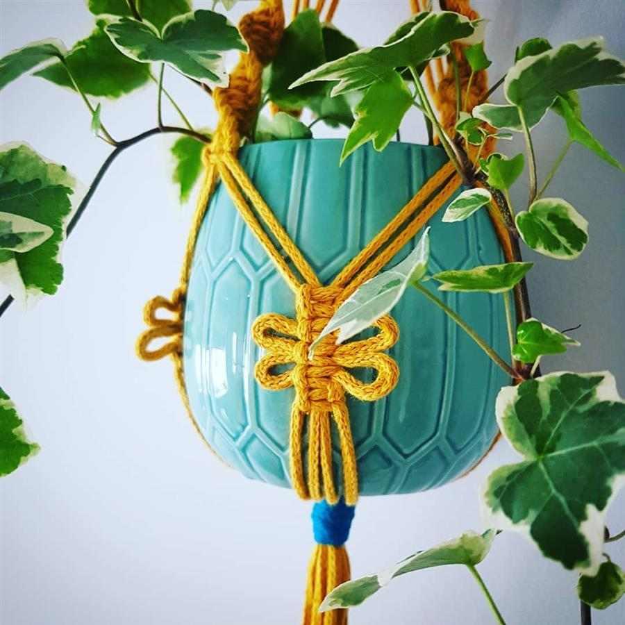 vaso de planta com suporte