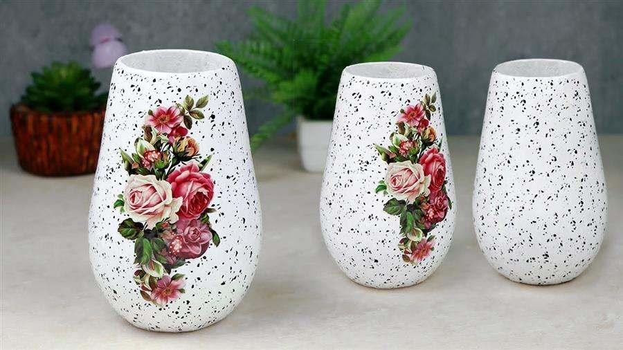 branco com decoupage de flores